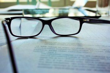 Qual é a cosmovisão cristã reformada sobre trabalho e educação?